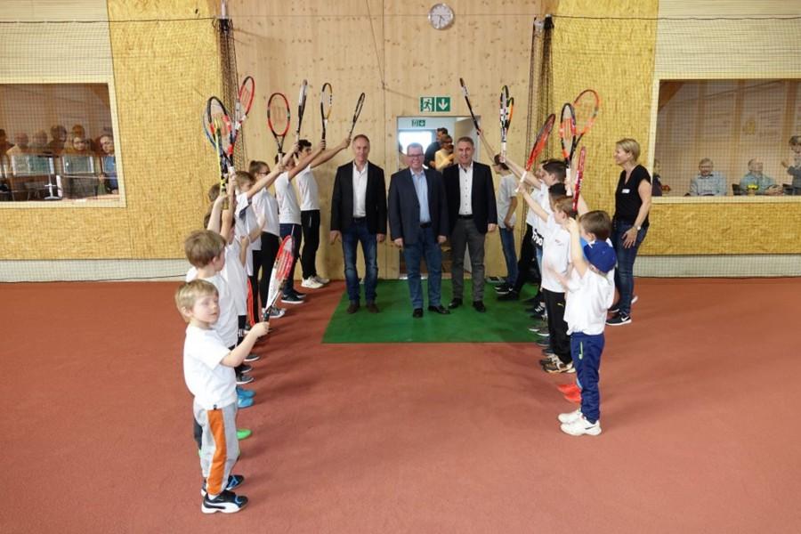 Die Eröffnung der Halle und Tennisschule
